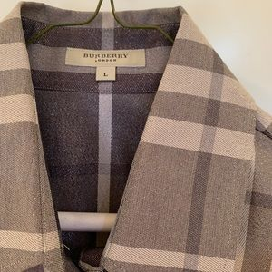 New never worn Burberry metallic blouse